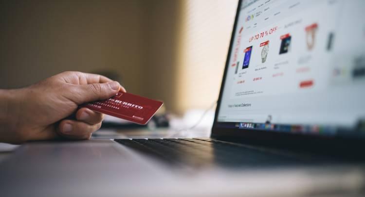 Una Tienda Virtual o Ecommerce Utiliza una Página Web como Medio de Venta de Productos o Servicios